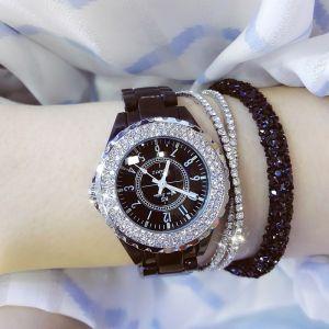 Γυναικείο ρολόι εκρού με ροζ χρυσό χρώμα στεφάνη και ζιργκόν.